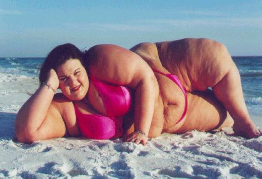 Эротика толстые на пляже11